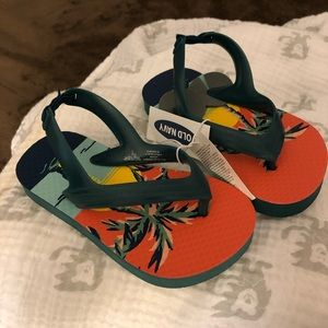 OLD NAVY - NWT - Toddler sandals
